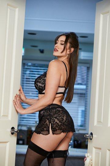 black blush strappy bra and garter
